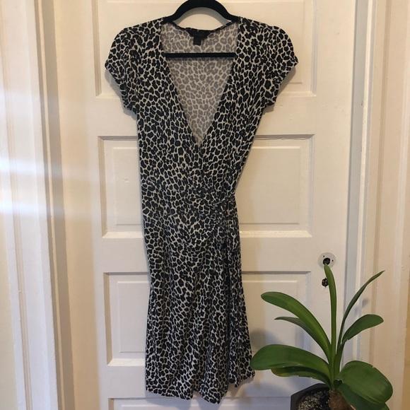 Express Dresses & Skirts - Express cheetah print wrap dress